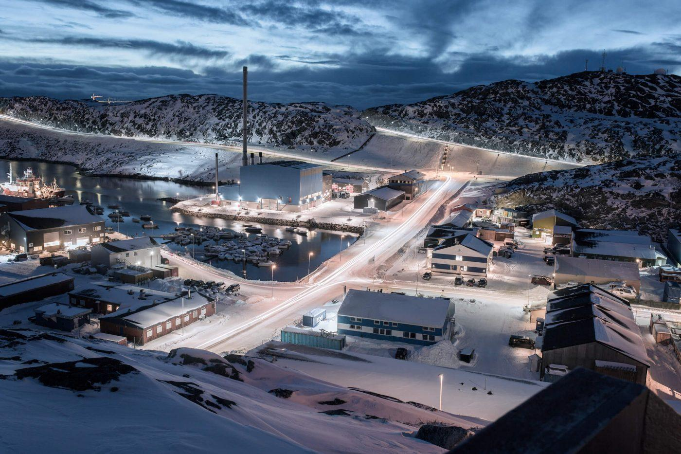 Long exposure photograph of the industrial area in Nuuk in Greenland. Photo by Rebecca Gustafsson