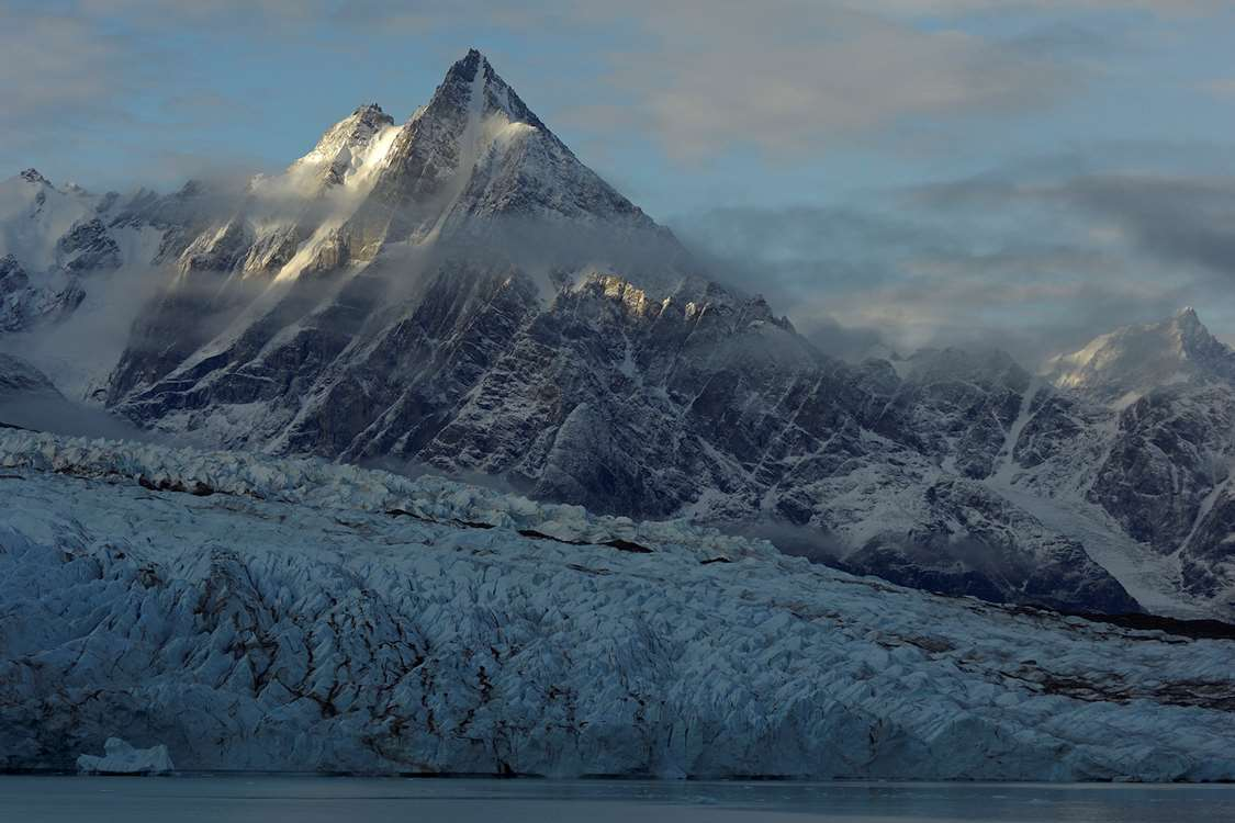 East Greenland glacier and mountains. Photo by Magnus Elander - Visit Greenland