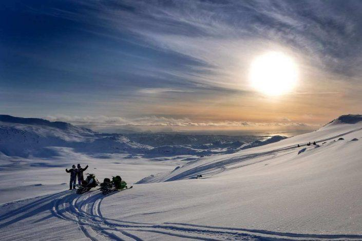 sikuaput snowmobiling-04