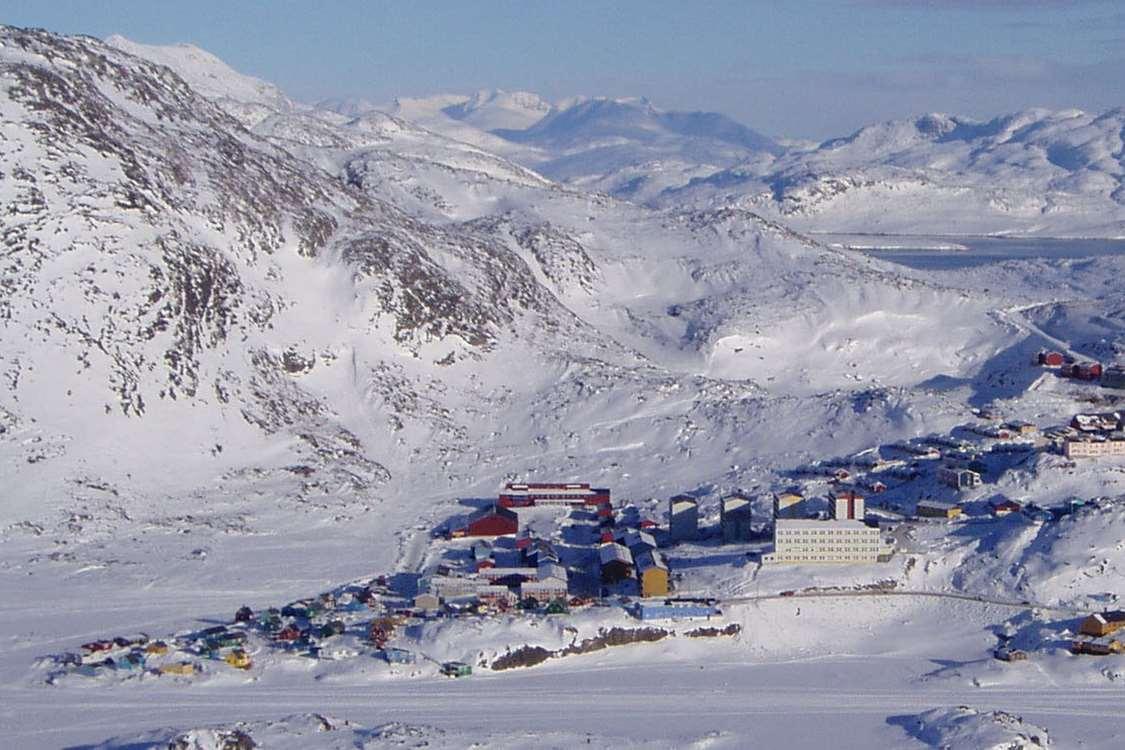 View of Sulisartut Højskoleat from above. Photo by Sulisartut Højskoleat, Visit Greenland