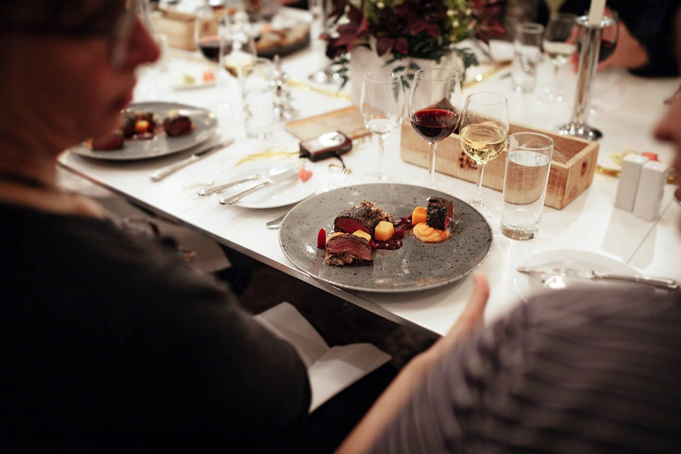 The reindeer maincourse from Hotel Hans Egede at a christmas dinner for locas and tourists in Nuuk in Greenland. Photo by Rebecca Gustafsson